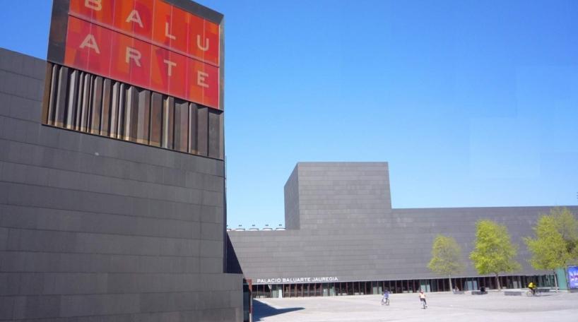 Vista exterior del Palacio de Congresos Baluarte, en Pamplona
