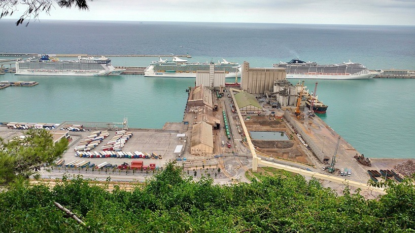 cruceros puerto barcelona