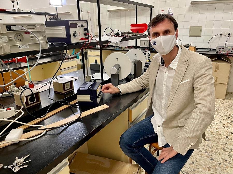Jorge Mira científico y divulgador